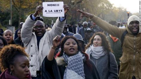 171119084156-04-libya-paris-protests-11-18-exlarge-169